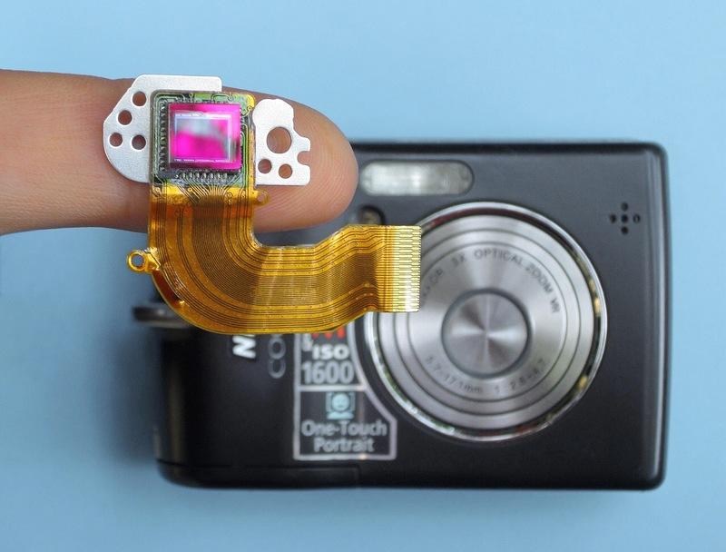 コンパクトデジタルカメラのイメージセンサー写真