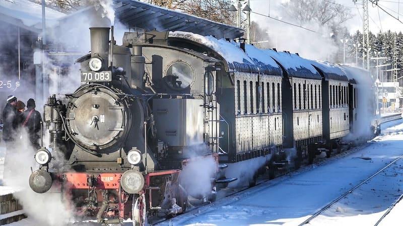 望遠レンズで撮られた機関車の写真