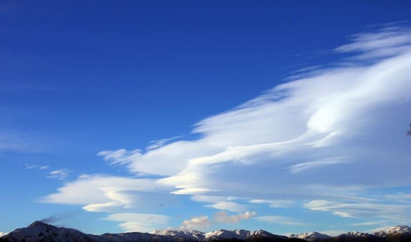 キレイな青空と雲の写真