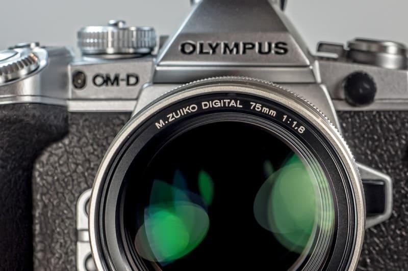 オリンパスの単焦点レンズ