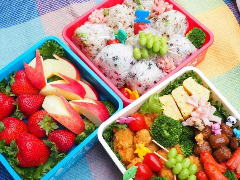 ピクニックのお弁当の写真